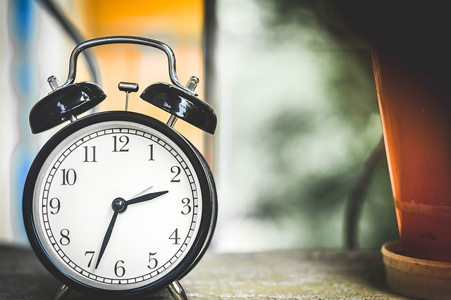 clock 650753 640 - 初心者でも簡単!WordPressのバックアップと復元方法まとめ