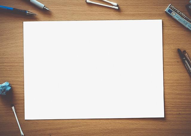 paper 2221812 640 - IllustratorとPhotoshopの違いは?使い方を初心者向けに解説