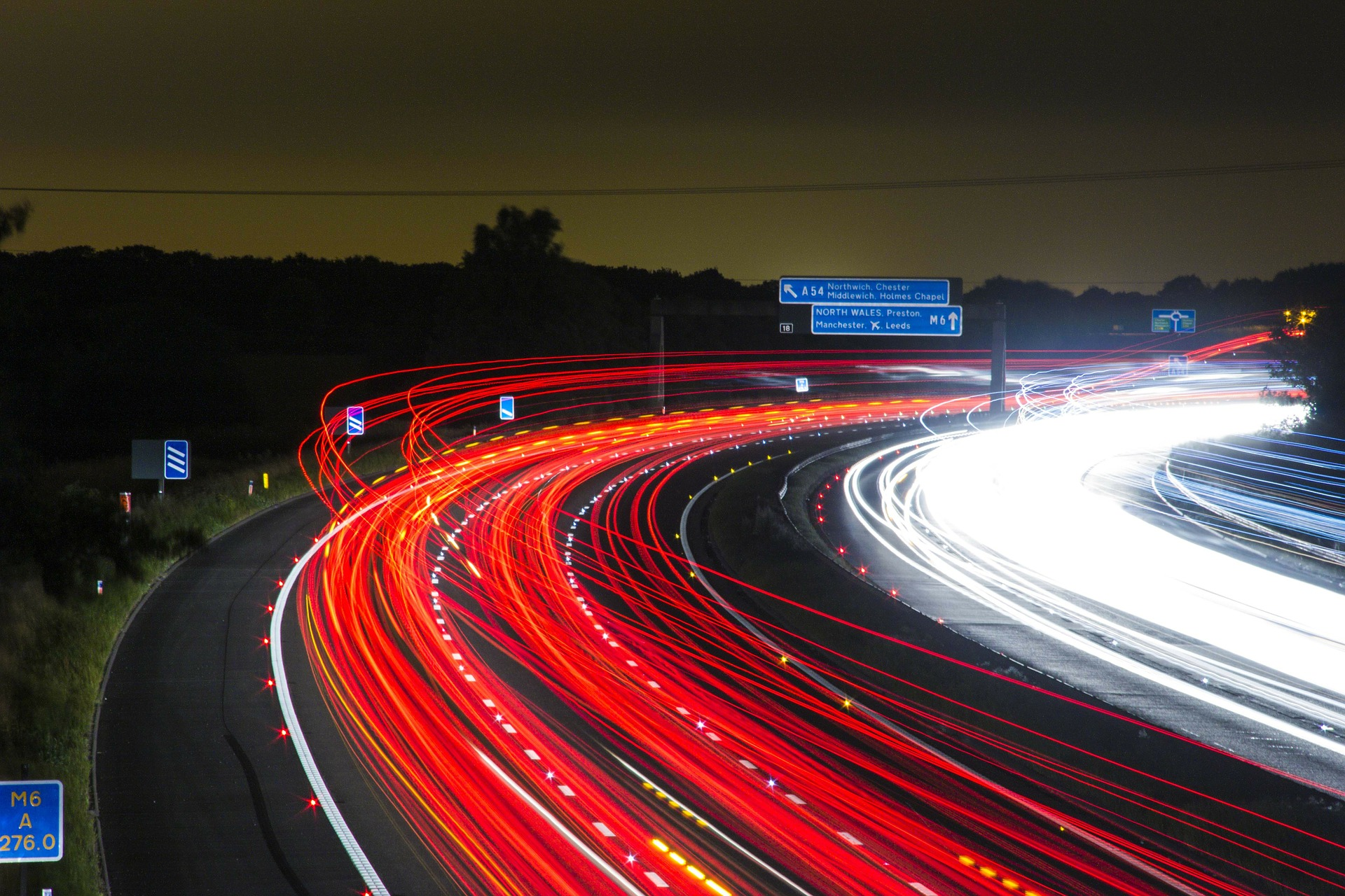 traffic 332857 1920 - wordpress高速化とプラグイン比較!ユーザービリティ向上の4ステップ