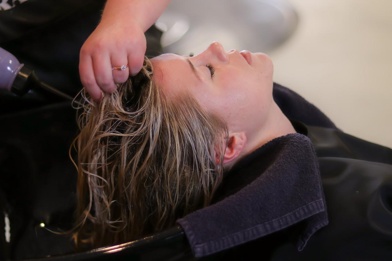 hair salon 1539597013 - ワードプレスで美容室サイトを作るよりも簡単な方法