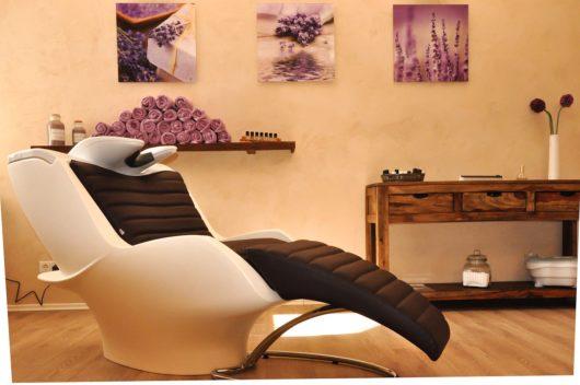 hair salon 1539597266 530x352 - ワードプレスで美容室サイトを作るよりも簡単な方法