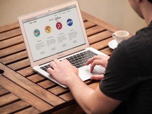 web agency 1738168 640 530x398 - ワードプレスは儲からない?具体的な稼ぎ方やおすすめテーマを初心者に紹介